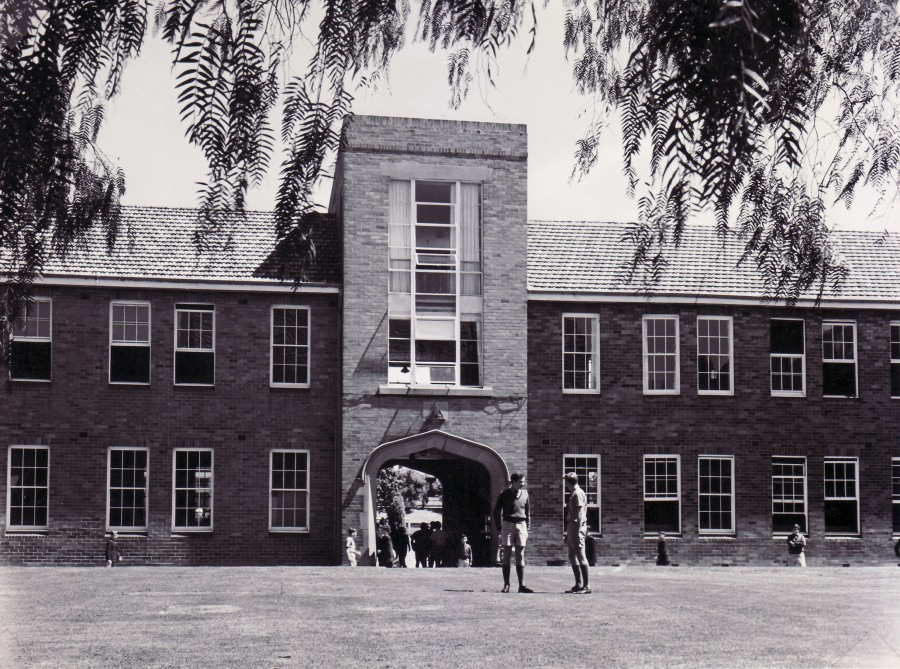 1959 West side of quad - library in the tower.jpg