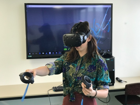 Miss Mileto using Google Tilt Brush to paint in 3D